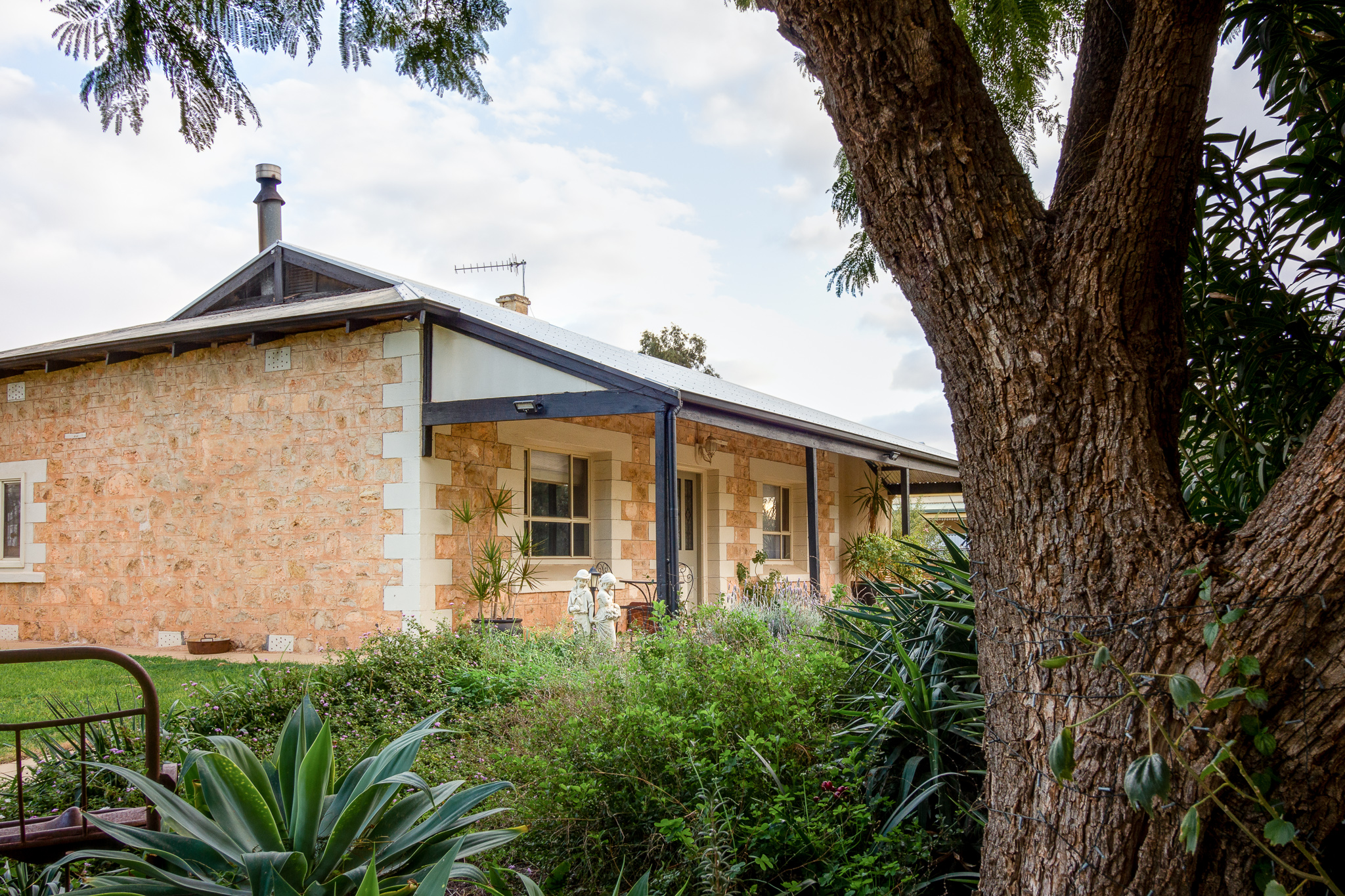 crossfield cottage, barmera, b&b, promotional